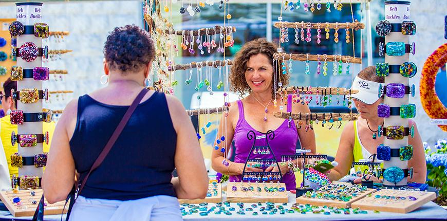 jewelry vendor in manayunk.