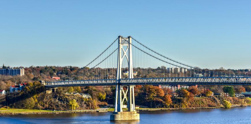 Hudson valley, new york bridge