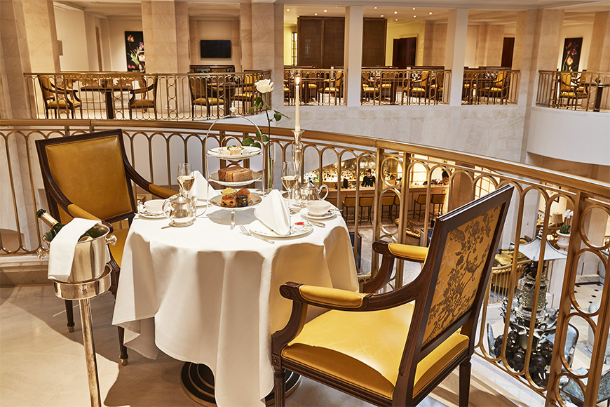 Hotel adlon kempinski afternoon tea.