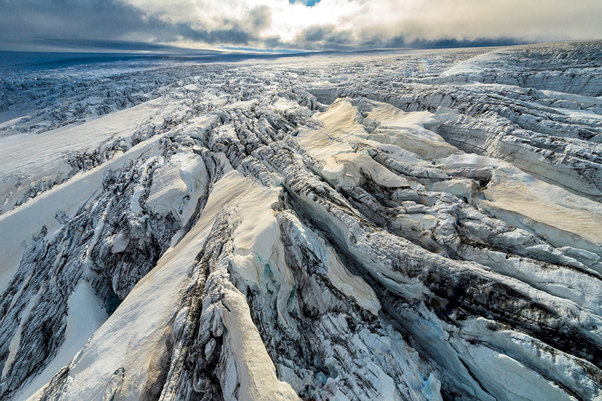 Vatnajökull national park - dynamic nature of fire and ice