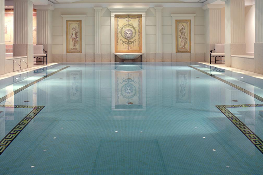 Hotel adlon kempinski berlin pool.