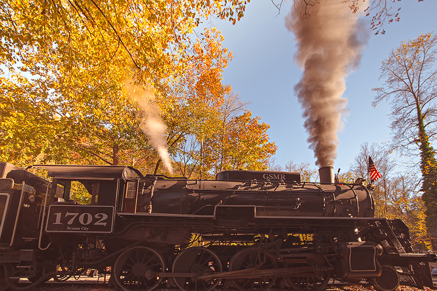 great smoky mountains railroad steam locomotive.