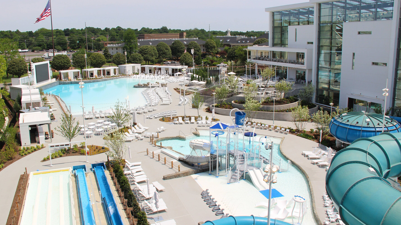 SmarterTravel Spotlight: Gaylord Opryland Resort and SoundWaves Water Park, Nashville, Tennessee
