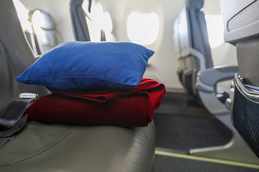 blanket pillow flight plane seat