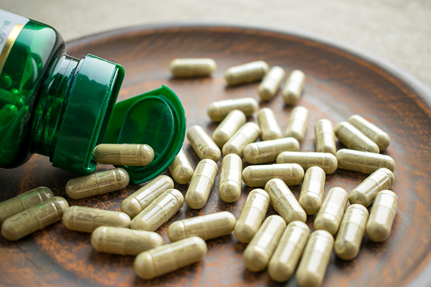 herbal supplement vitamins