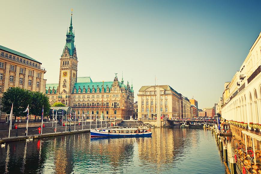 Hamburg Rathaus things to do in Hamburg.
