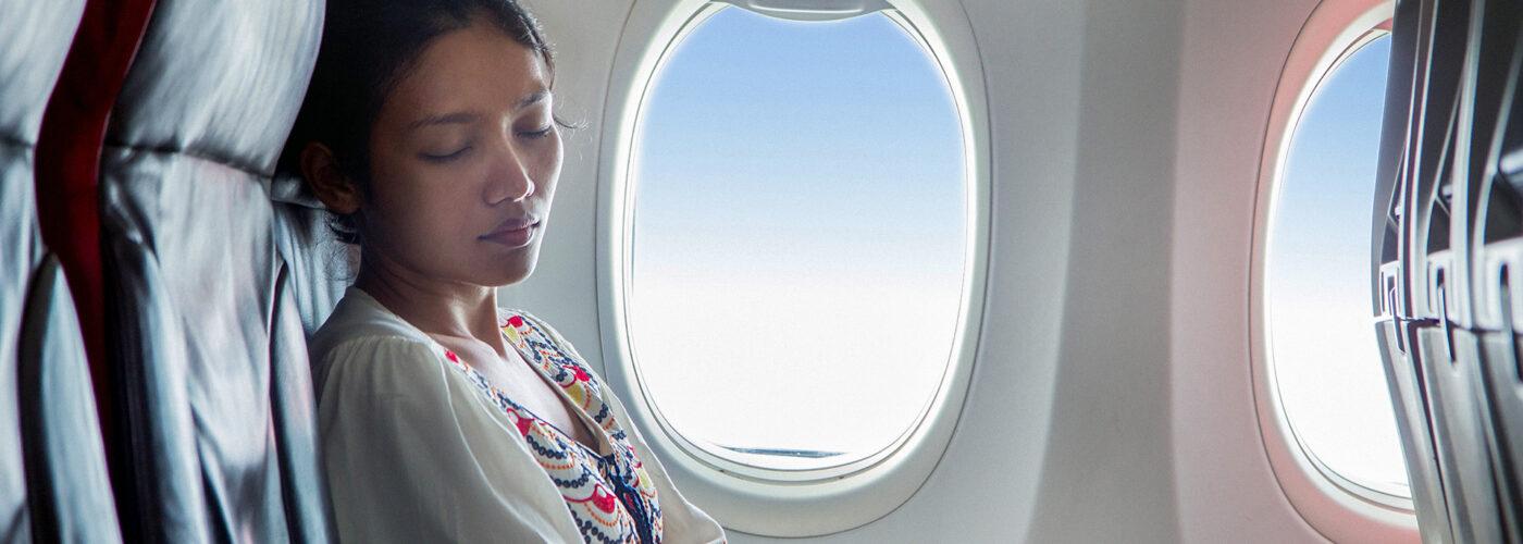 Sleeping On Planes 13 Tips To Make It Easier Smartertravel