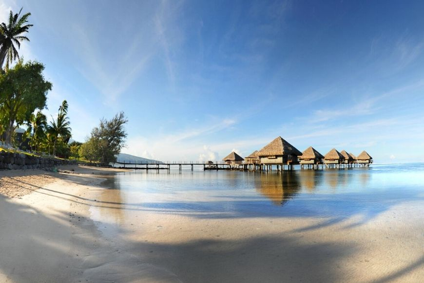 Tahiti la Ora Beach Resort.