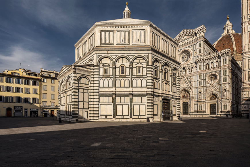 piazza del dumo in florence, italy