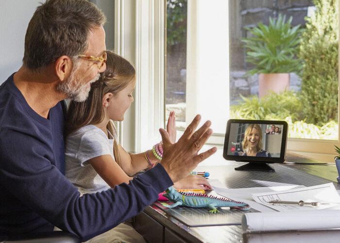 Amazon Echo Show 8 family talking virtually