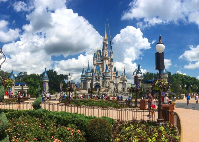 disney world magic kingdom castle.