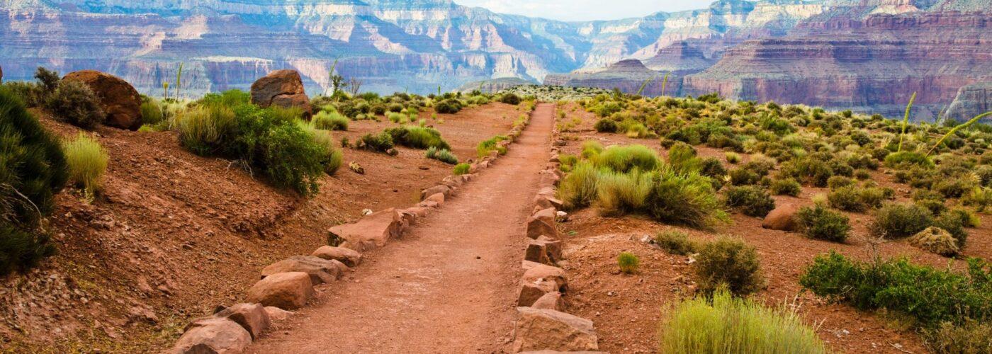 grand canyon hiking trail.
