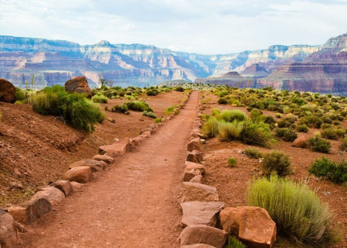 grand canyon hiking trail.