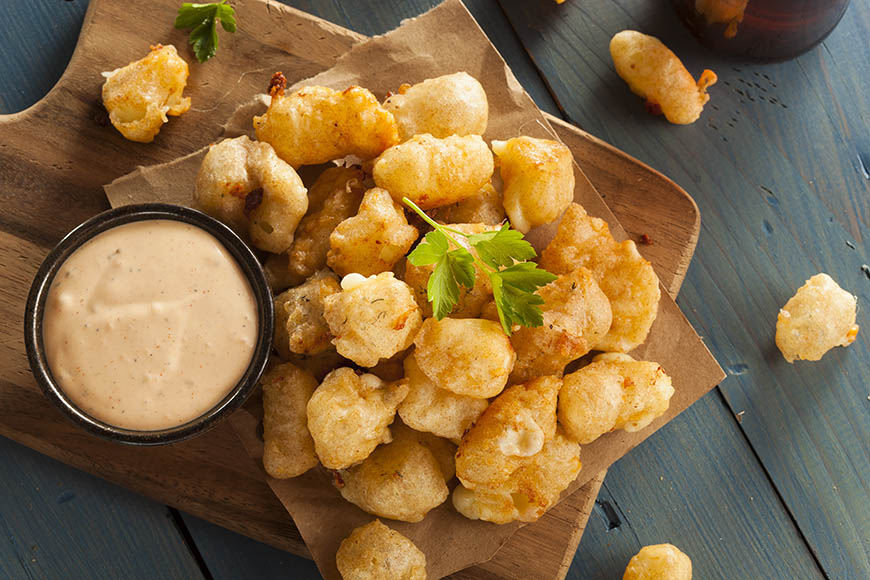 beer battered cheese curds wisconsin.