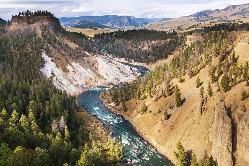 yellowstone grand canyon.