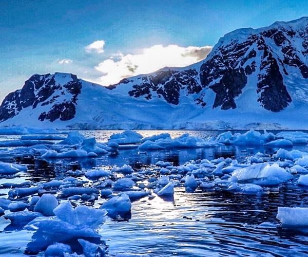 The Antarctic Peninsula, Antarctica