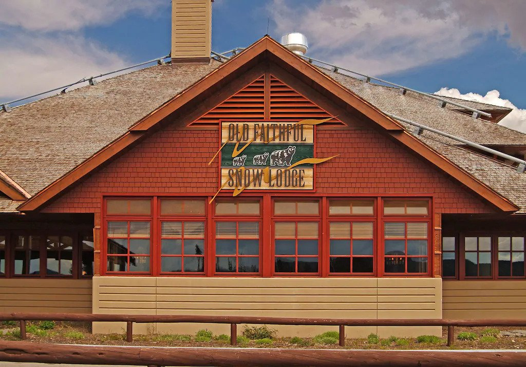 Old Faithful Snow Lodge & Cabins, Yellowstone National Park, Wyoming