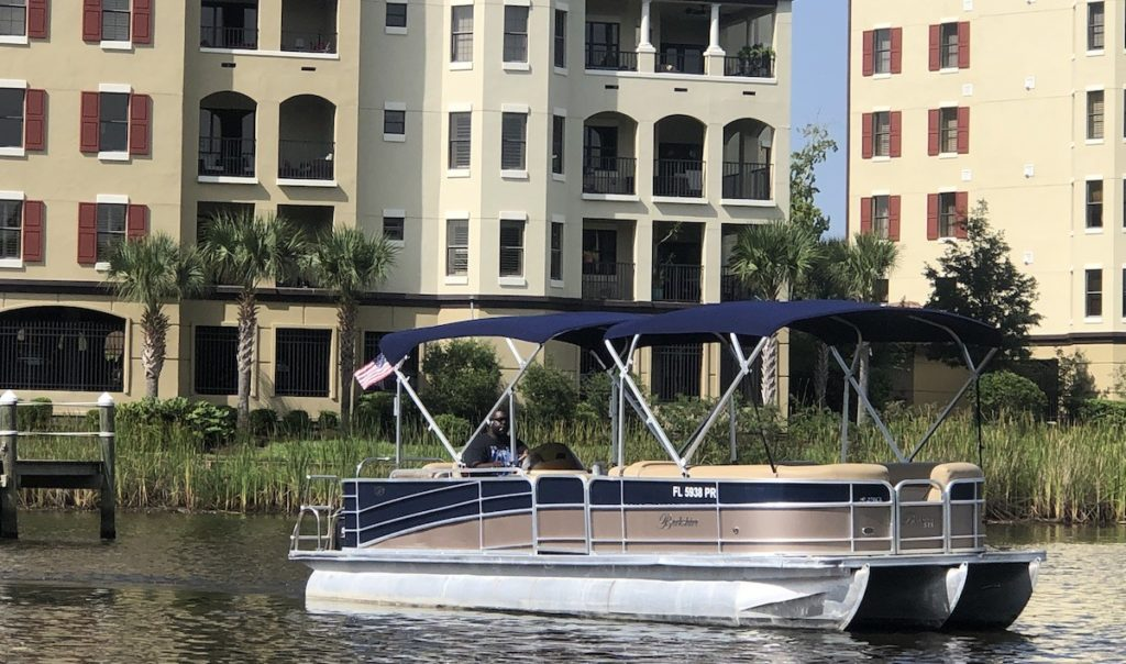 Boat from Jax Boat Rentals in Jacksonville, Florida