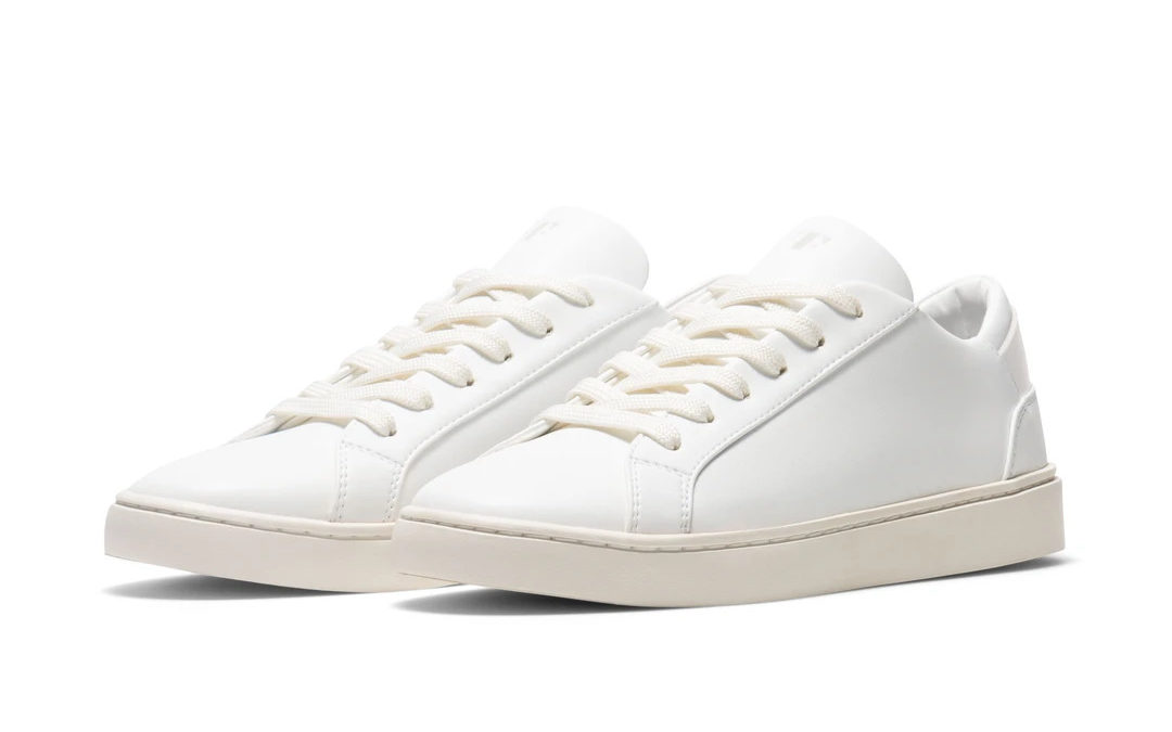 Thousand Fell Lace Up white sneakers